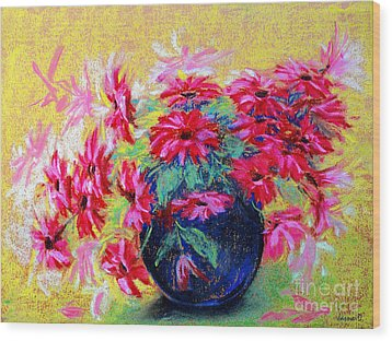 Daisies And Blue Vase Wood Print by Jasna Dragun