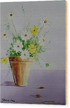 Daisies In Pot Wood Print by Jamie Frier