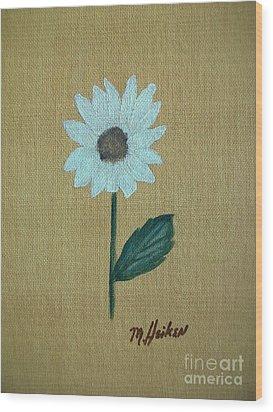 Daisy 2 Wood Print by Marsha Heiken