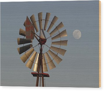 Dakota Windmill And Moon Wood Print by Keith Stokes
