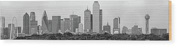 Wood Print featuring the photograph Dallas In Black And White by Jonathan Davison