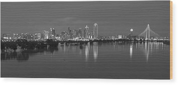 Dallas Skyline Trinity Black And White Wood Print