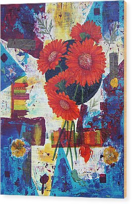 Dance Of The Daisies Wood Print