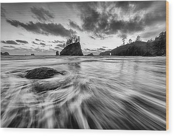 Wood Print featuring the photograph Dance Of The Tides by Mike Lang