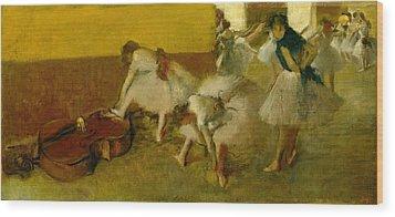 Dancers In The Green Room Wood Print by Edgar Degas