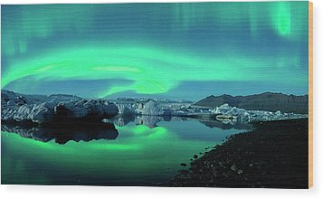 Wood Print featuring the photograph Dancing Auroras Jokulsarlon Iceland by Brad Scott
