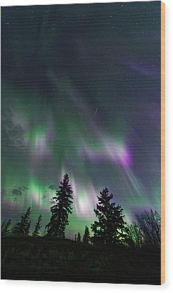 Wood Print featuring the photograph Dancing Lights by Dan Jurak