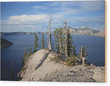Dangerous Slope At Crater Lake Wood Print by Carol Groenen