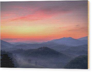 Dawn Arrives Wood Print by Zev Steinhardt