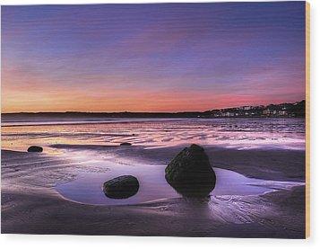 Dawn At Filey Wood Print by Svetlana Sewell