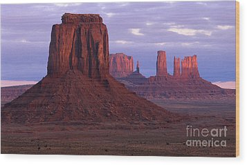 Dawn At Monument Valley Wood Print by Sandra Bronstein