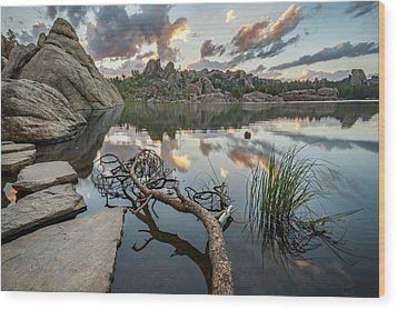Wood Print featuring the photograph Dawn At Sylvan Lake by Adam Romanowicz