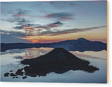 Wood Print featuring the photograph Dawn Inside The Crater by Pierre Leclerc Photography
