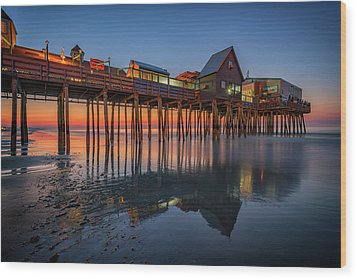 Wood Print featuring the photograph Dawn On Old Orchard Beach by Rick Berk