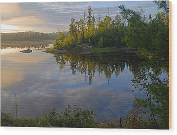 Dawn On The Basswood River Wood Print