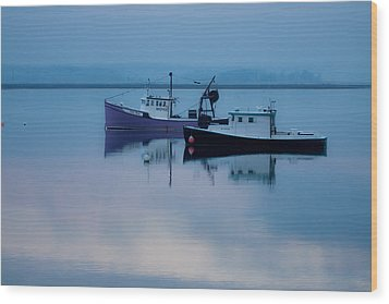 Wood Print featuring the photograph Dawn Rising Over The Harbor by Jeff Folger