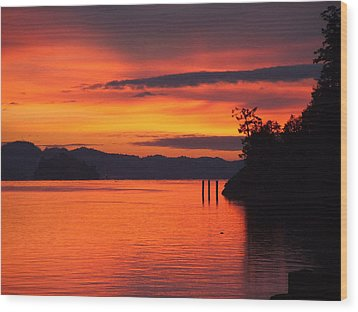 Wood Print featuring the photograph Dawning by Mark Alan Perry