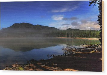 Wood Print featuring the photograph Daybreak At Sparks Lake by Cat Connor