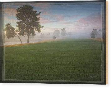 Daybreak At Willowcreek Wood Print