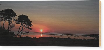 Wood Print featuring the photograph Daybreak In Edgartown by Lori Ippolito