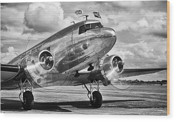 Dc-3 Dakota Wood Print