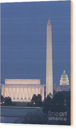 Dc Landmarks At Twilight Wood Print by Clarence Holmes