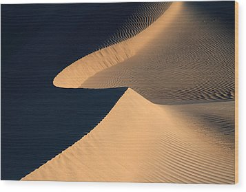 Death Valley Sand Design Wood Print by Pierre Leclerc Photography