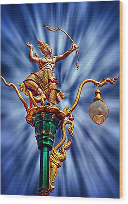 Decorative City Lamp Post Khon Kaen-thailand Wood Print by Ian Gledhill