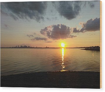 Deer Island Sunset Wood Print