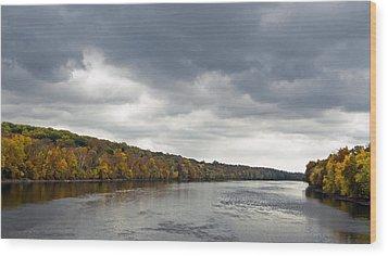 Delaware In Autumn Wood Print by Elsa Marie Santoro