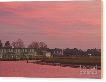 Delmarva Sunrise Wood Print by Alice Mainville
