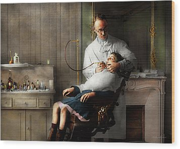 Wood Print featuring the photograph Dentist - Good Oral Hygiene 1918  by Mike Savad