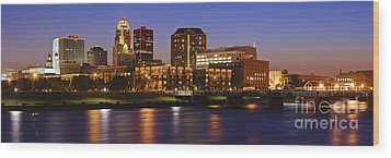 Des Moines Skyline Wood Print by Jeremy Woodhouse