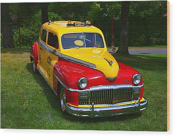 Desoto Skyview Taxi Wood Print by Garry Gay