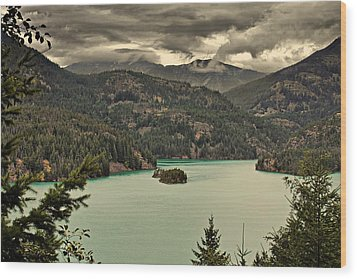 Diablo Lake - Le Grand Seigneur Of North Cascades National Park Wa Usa Wood Print by Christine Till