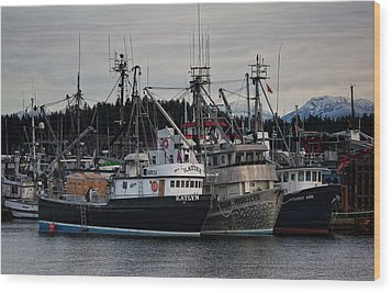 Wood Print featuring the photograph Discovery Harbour by Randy Hall