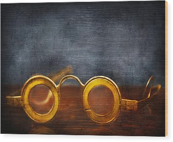 Doctor - Optometrist - It's All The Rage  Wood Print by Mike Savad
