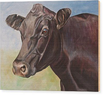 Dolly The Angus Cow Wood Print by Toni Grote
