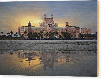 Don Cesar Reflection Wood Print