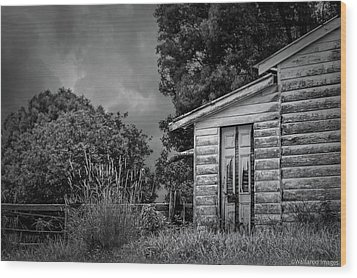 Don't Come Knockin' Wood Print by Wallaroo Images
