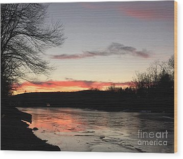 Don't  T 'red' On Thin Ice Wood Print by Jason Nicholas