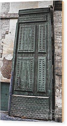 Door To The Roman Gateway Wood Print