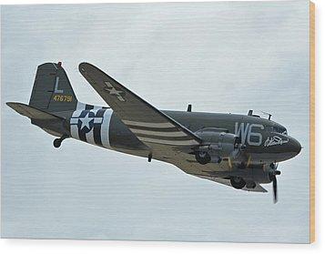 Douglas C-47b Dakota N791hh Willa Dean Chino California April 30 2016 Wood Print by Brian Lockett