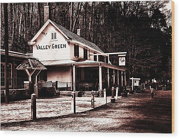 Down At Valley Green Wood Print by Bill Cannon