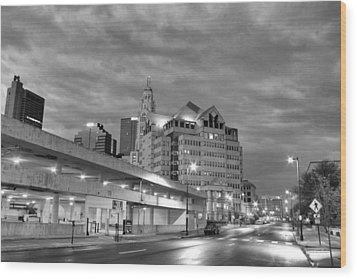 Downtown Columbus Bw5145 Wood Print by Brian Gryphon