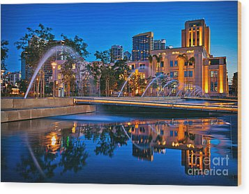 Downtown San Diego Waterfront Park Wood Print