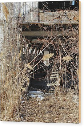 Wood Print featuring the photograph Drafty Barn by Scott Kingery