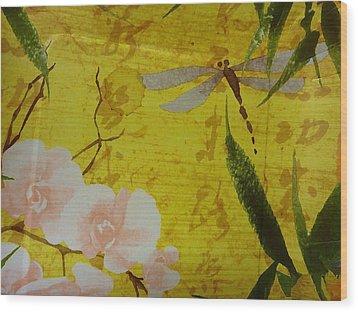 Dragonfly N Roses Wood Print