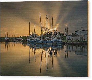 Dramatic Bayou Sunset Wood Print