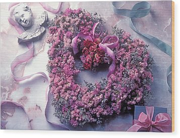 Dried Flower Heart Wreath Wood Print by Garry Gay